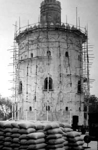 1900 restauracion torre del oro