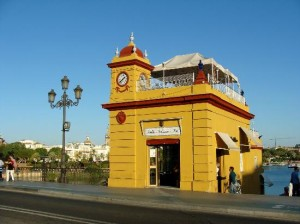 FOTO 8 (2) - 2014 Faro de Triana